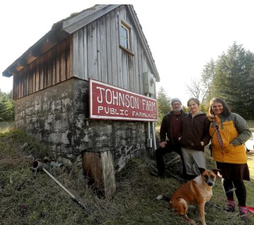 Bainbridge couple plans Kitsap's first commercial hydroponic farm
